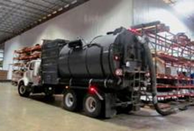 PSI Industrial Solutions Vacuum Truck 4